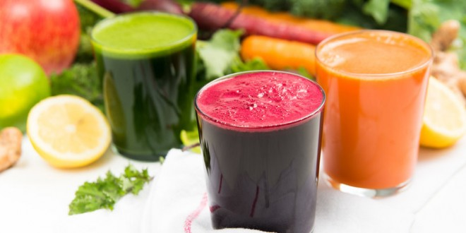 Drink smoothies and natural juice to lose weight